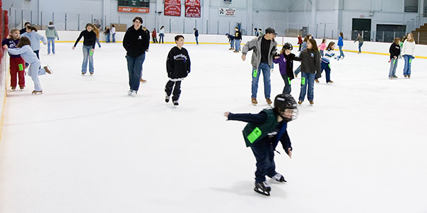 2/18/2006 Stock photos of the Mentor Ice Arena for internal Recreation Department uses.